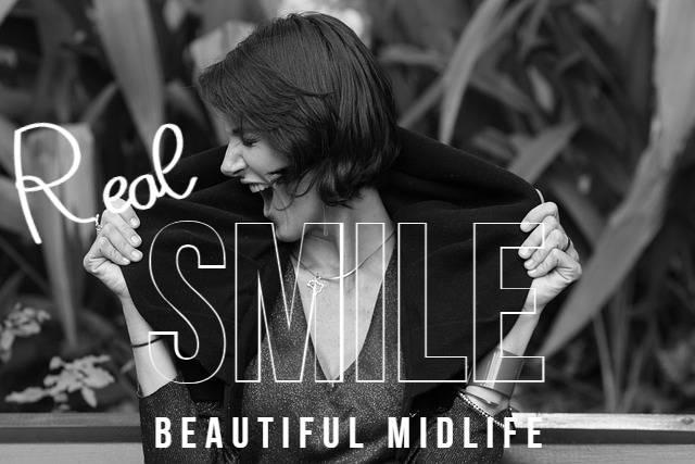 smile 아름다운 중년 유머
